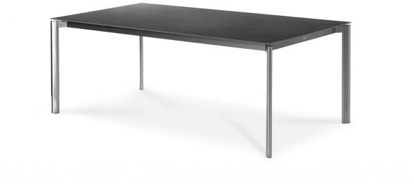 Swing Tisch mit eingerückter Zarge