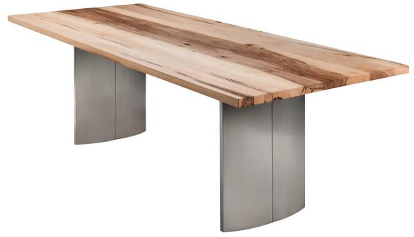 Nr.110, 110-2 Tisch