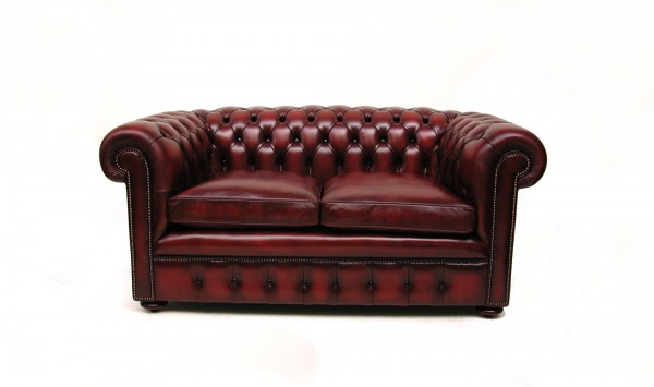 Classic Chesterfield Sofa 2-Seater